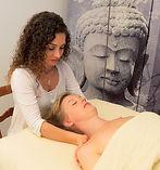 Gesundheits und Wellneee - Massage mit Devi - Casa Deva Zürich