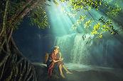 Frau am Wasserfall.jpg