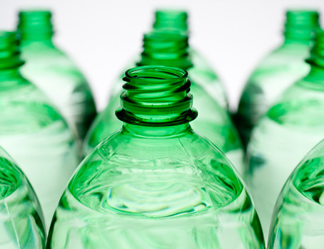 Bioplastics and biodegradable plastics