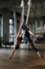 woman-in-black-sports-bra-and-black-legg