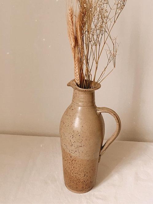 Pichet en poterie