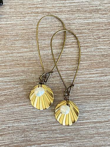 Dainty Shell Drop Earrings