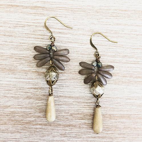 Flutter Earrings In Slate