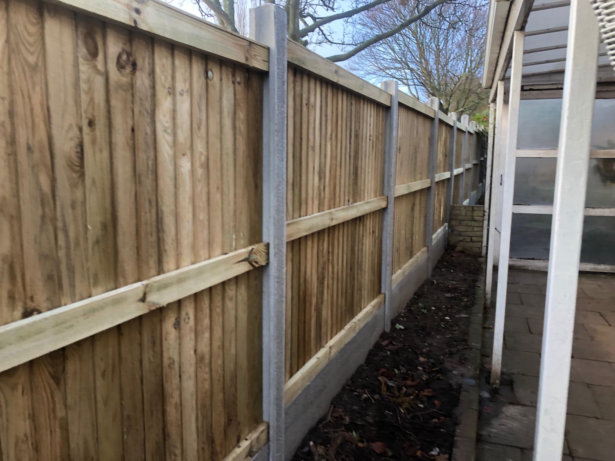 27 Panel Close Board Fence Installation