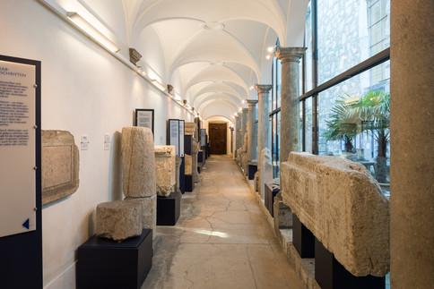 Die römischen Inschriftsteine im Steinmuseum in Solothurn
