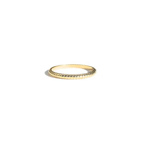 Anel texturizado (dourado)
