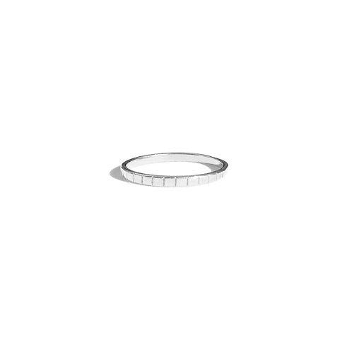 Anel risquinho (ródio branco)