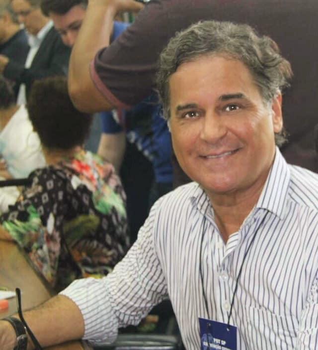 Carlos Arnaldo em evento do PDT