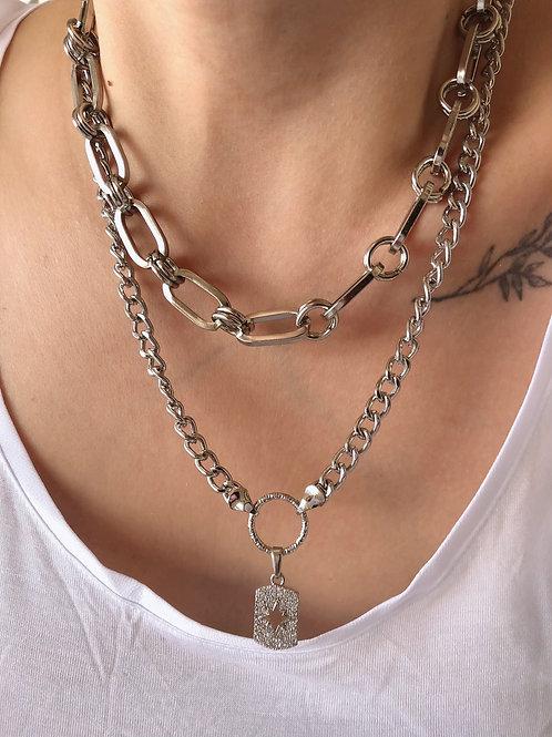 Bold Sylvia Chain