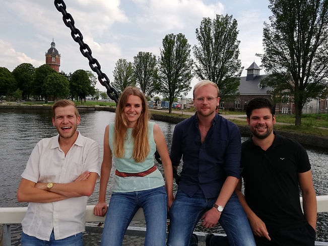 Teachers online Dutch courses Amsterdam