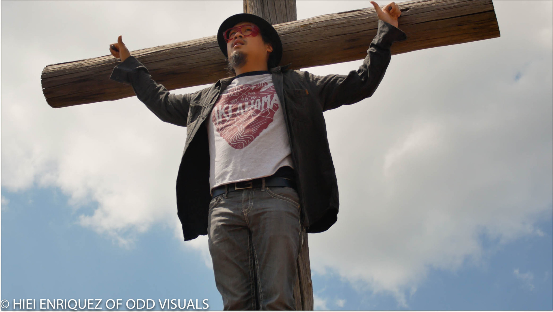 Thanh On A Cross-.jpg