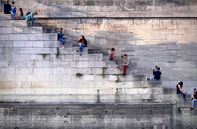 Escaleras al Sena