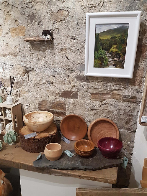 Various turned wooden bowls by Richard Foreman