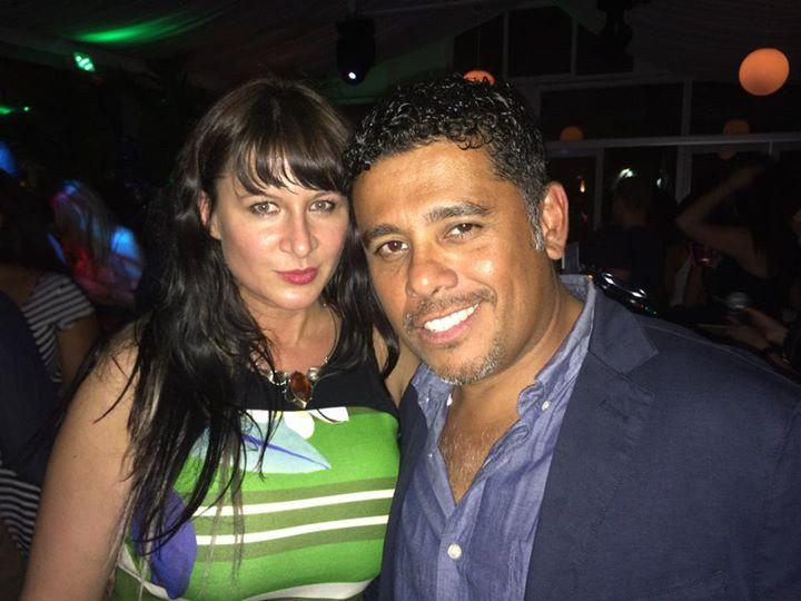 Facebook - With celebrity MUA Henry Bastos
