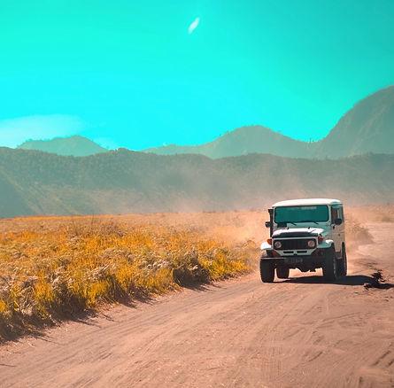 jeep tour mallorca palma arenal sunlife
