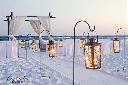 Aisle-Way Lanterns with Hooks