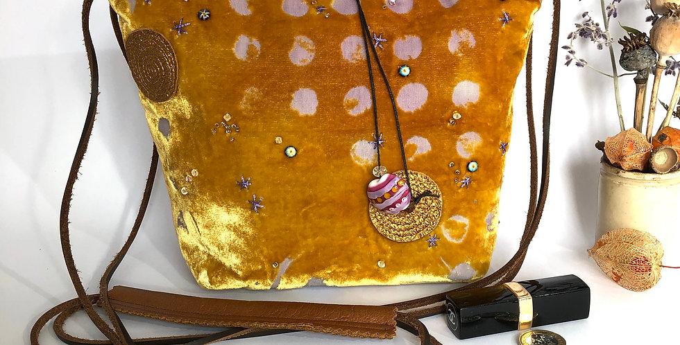 Sky of Honey Bucket Bag