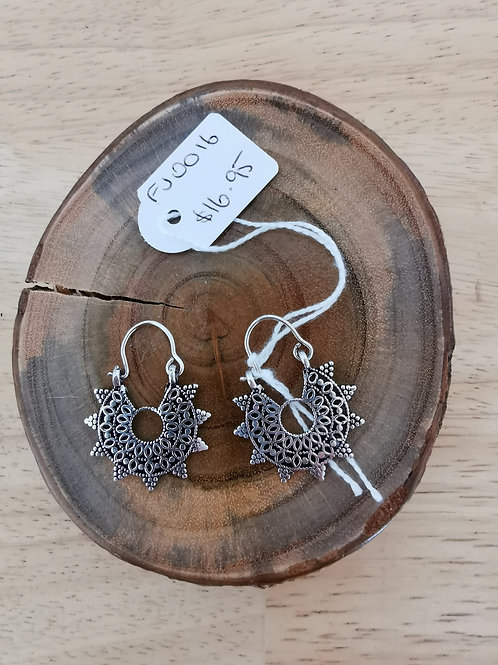 Earnings Silver plated