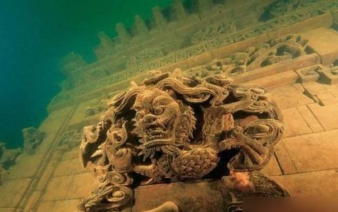 Details of underwater city