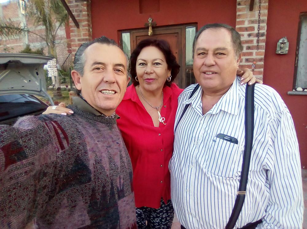Mis entrañables caseros y protectores: Doña Ana y don Paco.