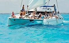 catamaran isla mujers cancn