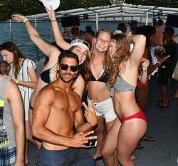 Miami Booze cruise, Miami Boat party