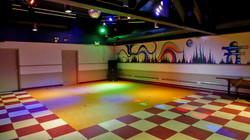 bar-room-dance