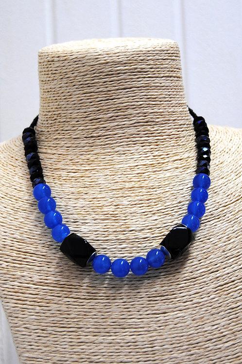 collana blu e nera