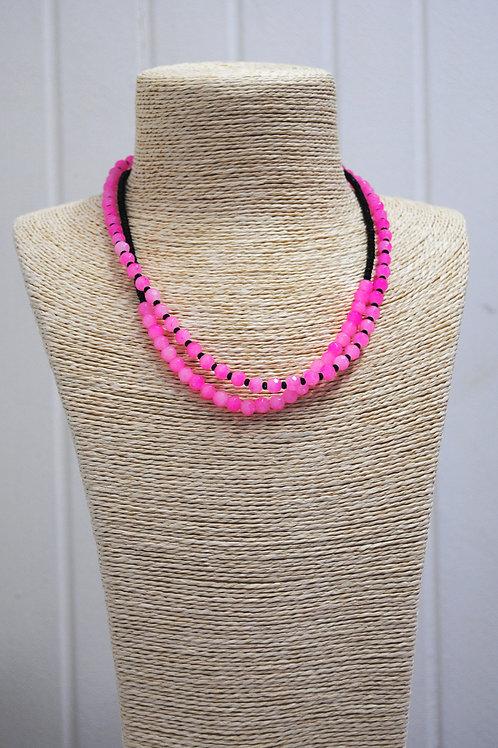 Collana nera e rosa
