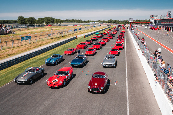 DIAG HABITAT soutient Sport et Collection 500 Ferrari contre le cancer