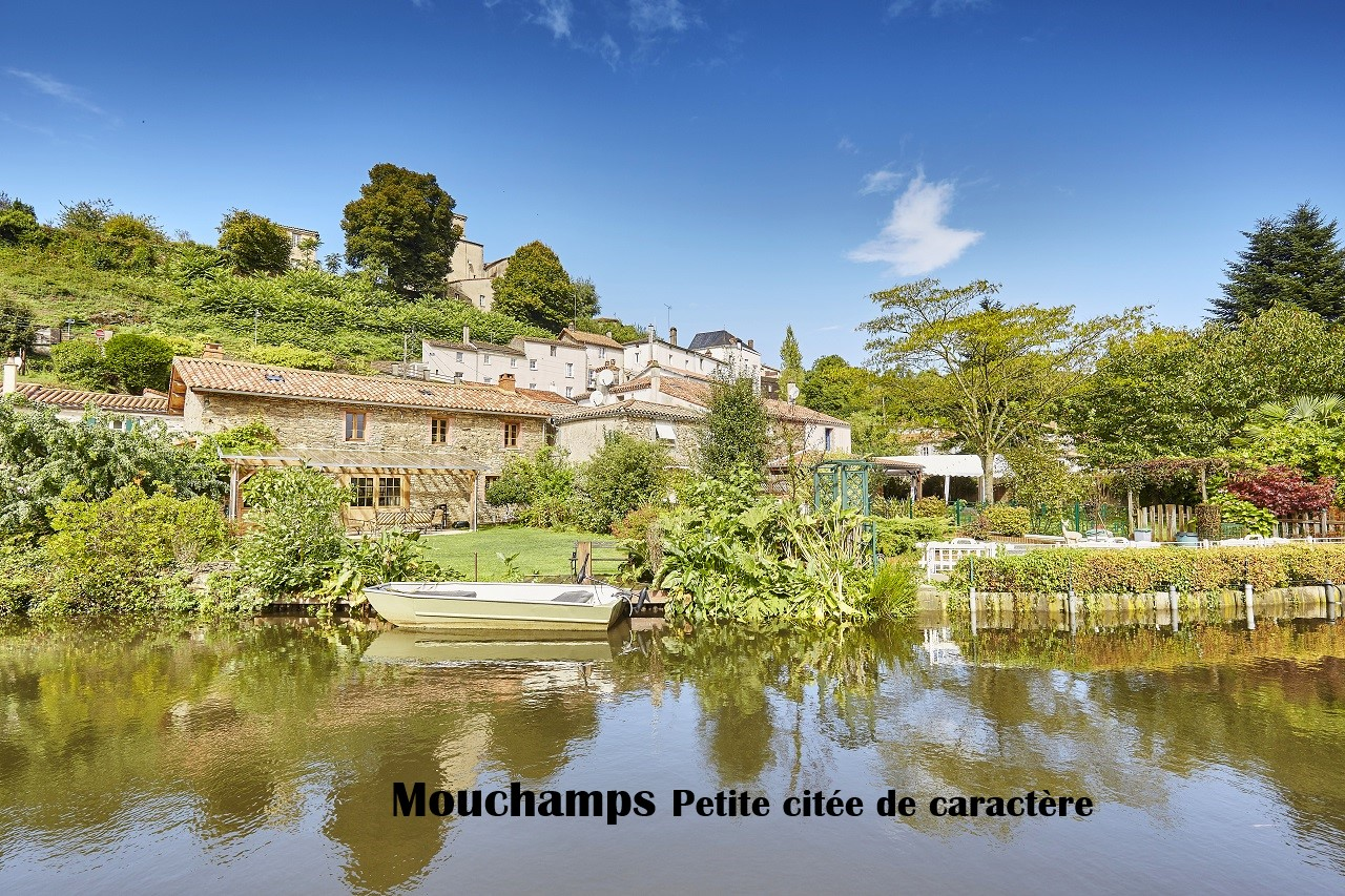 MouchampsA