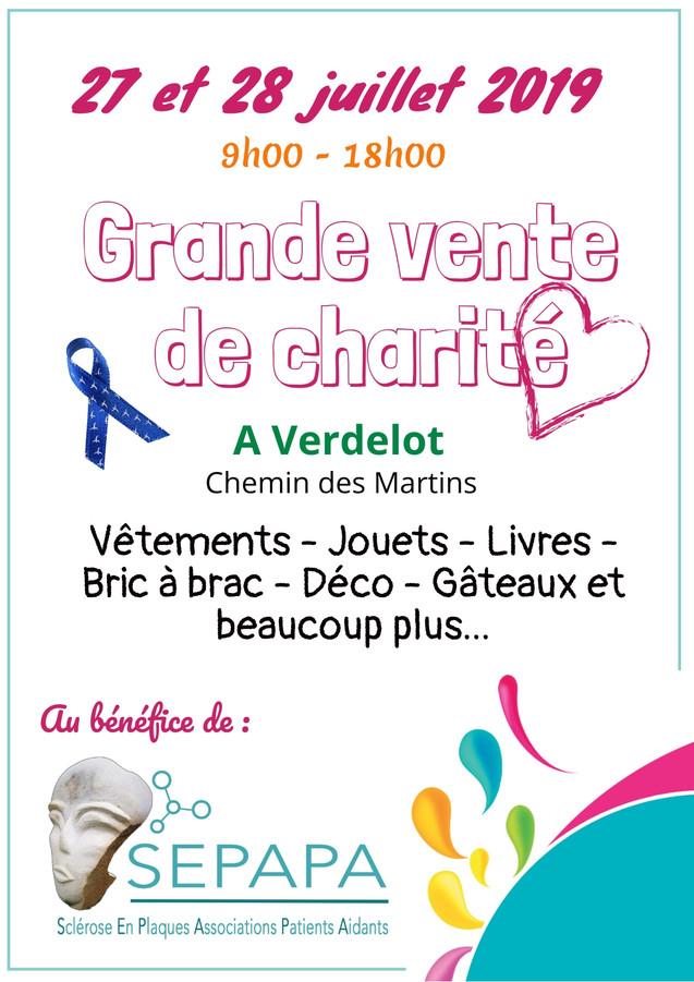 Vente_de_charité.jpeg