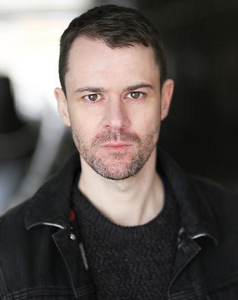 Owen Whitelaw Headshot 2019 (1).jpg