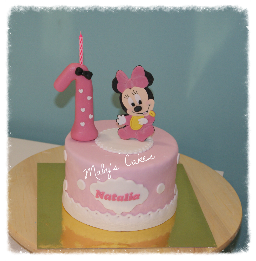 Minnie bebe Disney pastis fondant tarta pastel  sabadell terrassa rubi sant quirze sant cugat cupcak