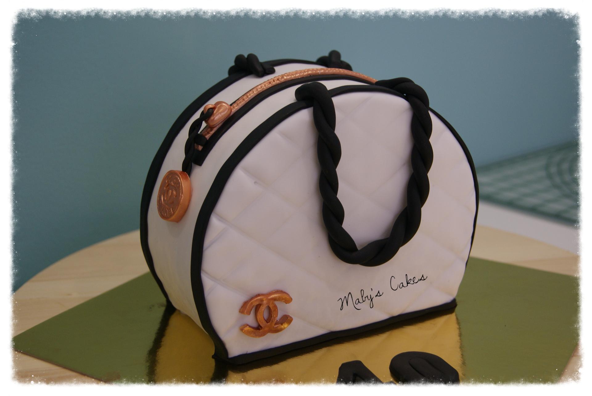 Mabyscakes.com Bolso channel tartas fondant Sabadell pastel personalizado terrassa (7)_edited