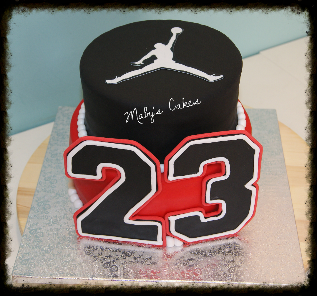 Pastel Michael Jordan 23 baloncesto basket  pastis fondant tarta pastel  sabadell terrassa rubi sant