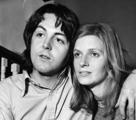 Paul McCartney generously donated Linda McCartney photographs to V&A