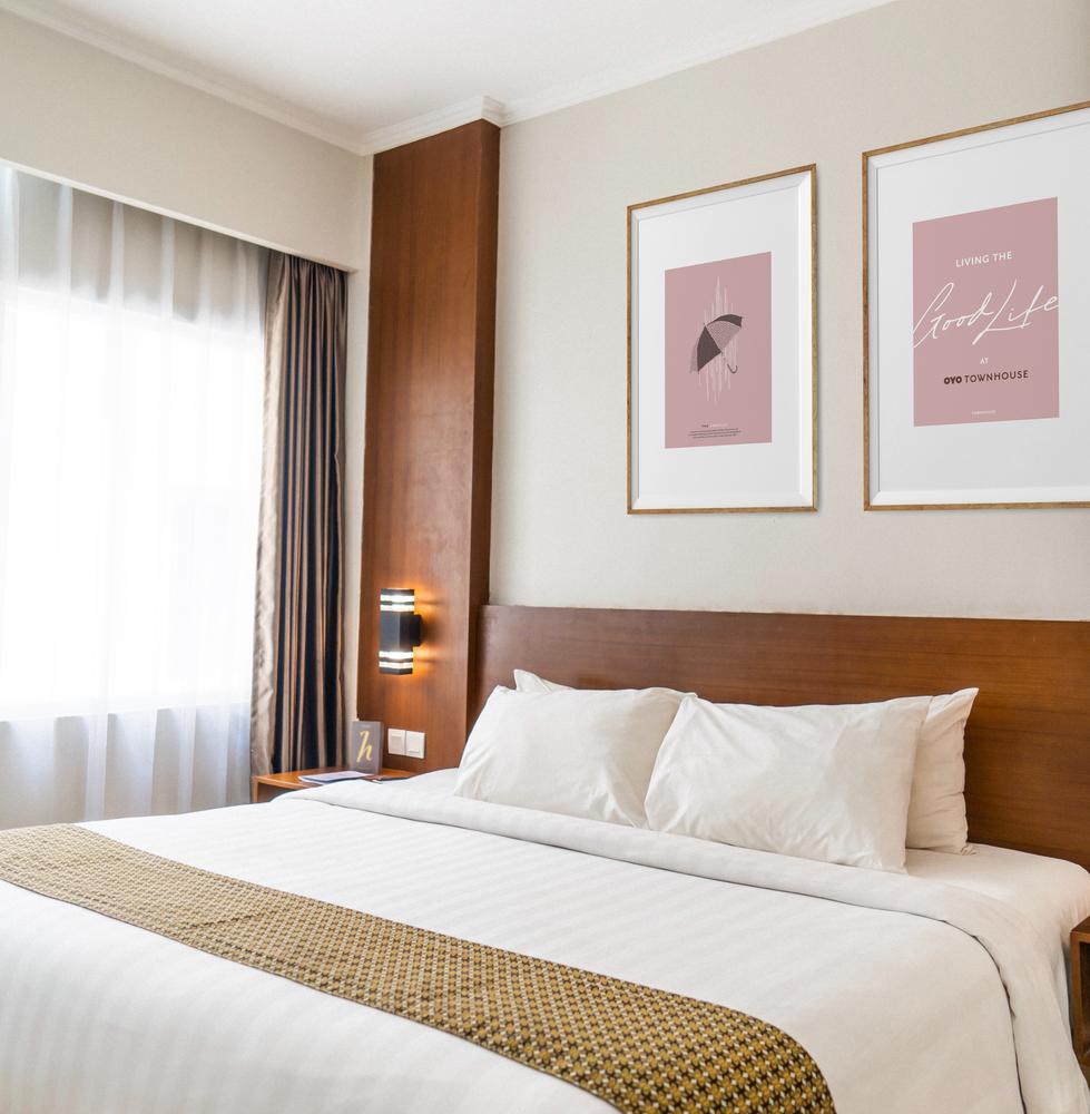 Hotel Room Artworks