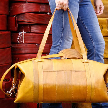 Bags of attitude. Luxury in the age of zero waste.