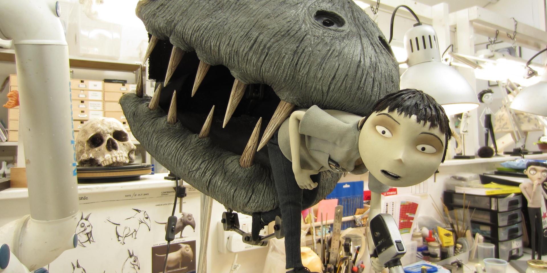 Frankenweenie. Toshiaky & the monster