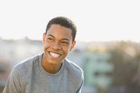 Lächelnder Teenager