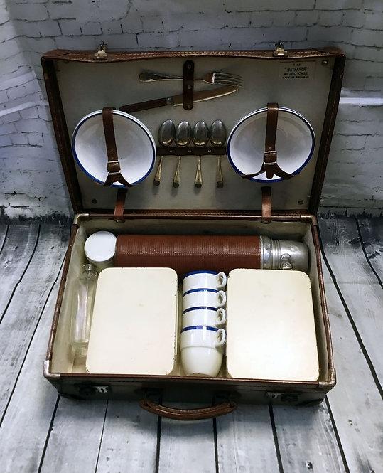 Original 1940s Vintage Hardcase/Suitcase Style Picnic Case/Set