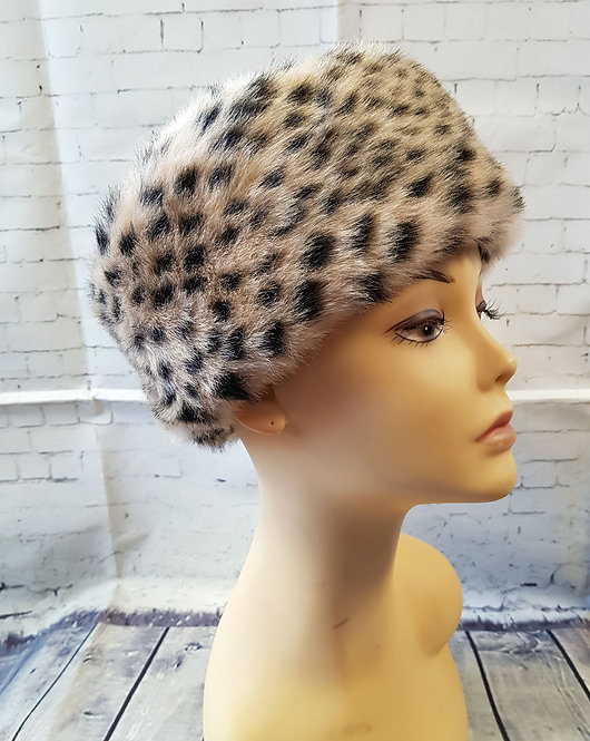 Vintage Hat | 1960s Hat | Vintage Accessories | 1960s Fashion