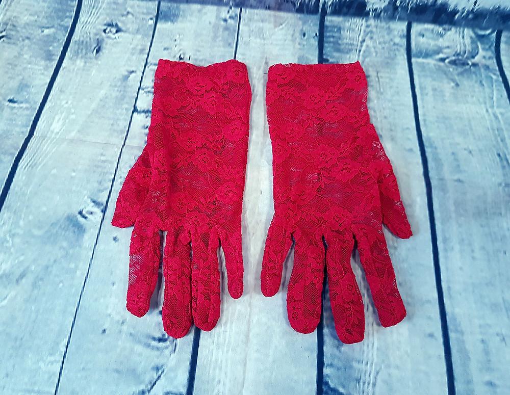 Vintage Red Lace Short Gloves Size 8 (M)