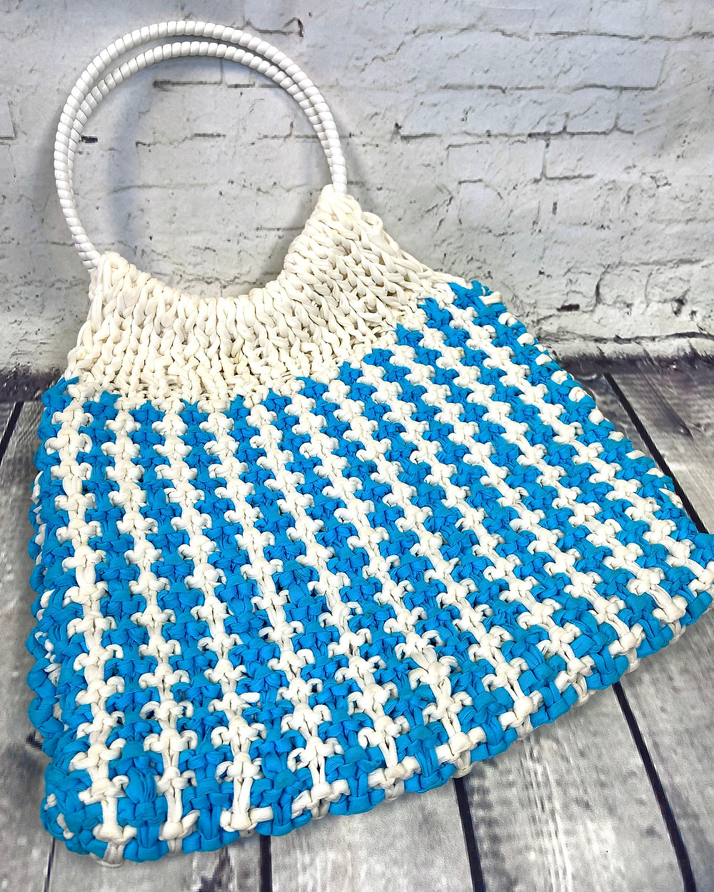 1960s Vintage Turquoise & White Crochet Pouch Bag