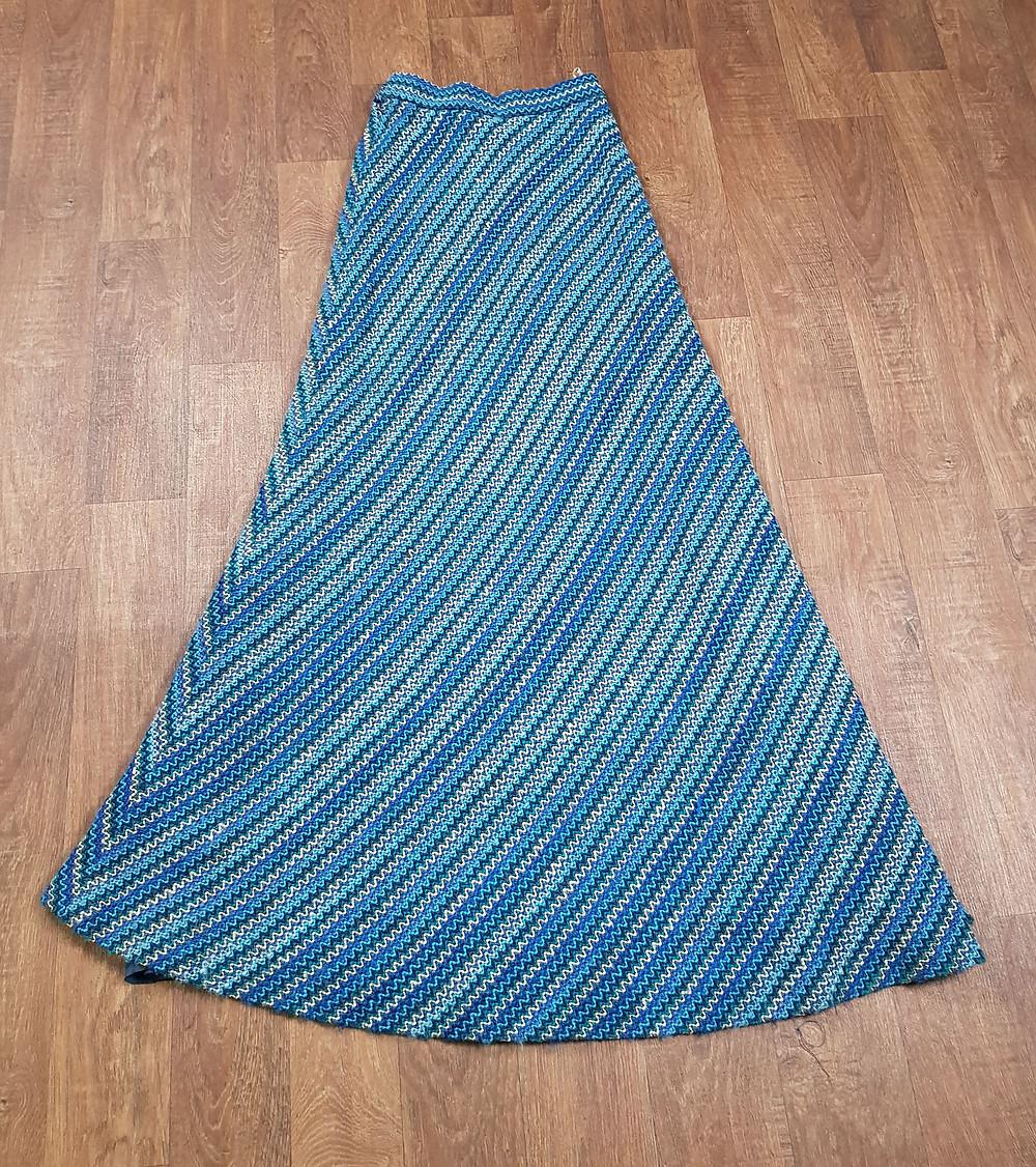 1970s Vintage Blue Knit Maxi Skirt Size 6
