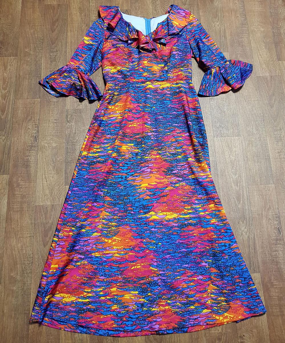 1970s Vintage Rainbow Ruffled Maxi Dress Size 14/16