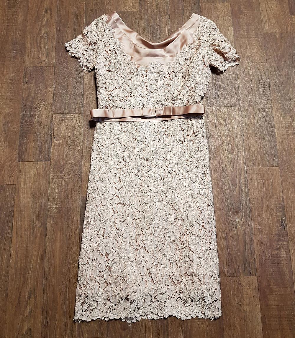 Stunning 1950s Vintage Guipure Lace Pencil Dress UK Size 12