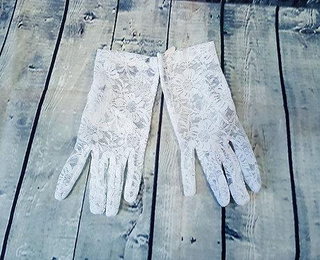 Vintage White Lace Short Gloves Size 8 (M)