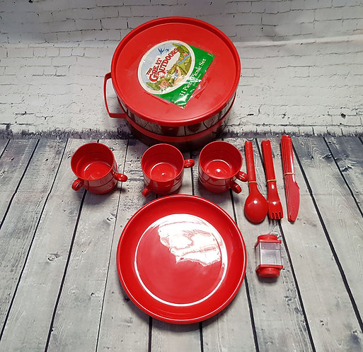 Vintage Picnic Hamper | Vintage Picnic Set | 1970s Collectables | Retro Homeware